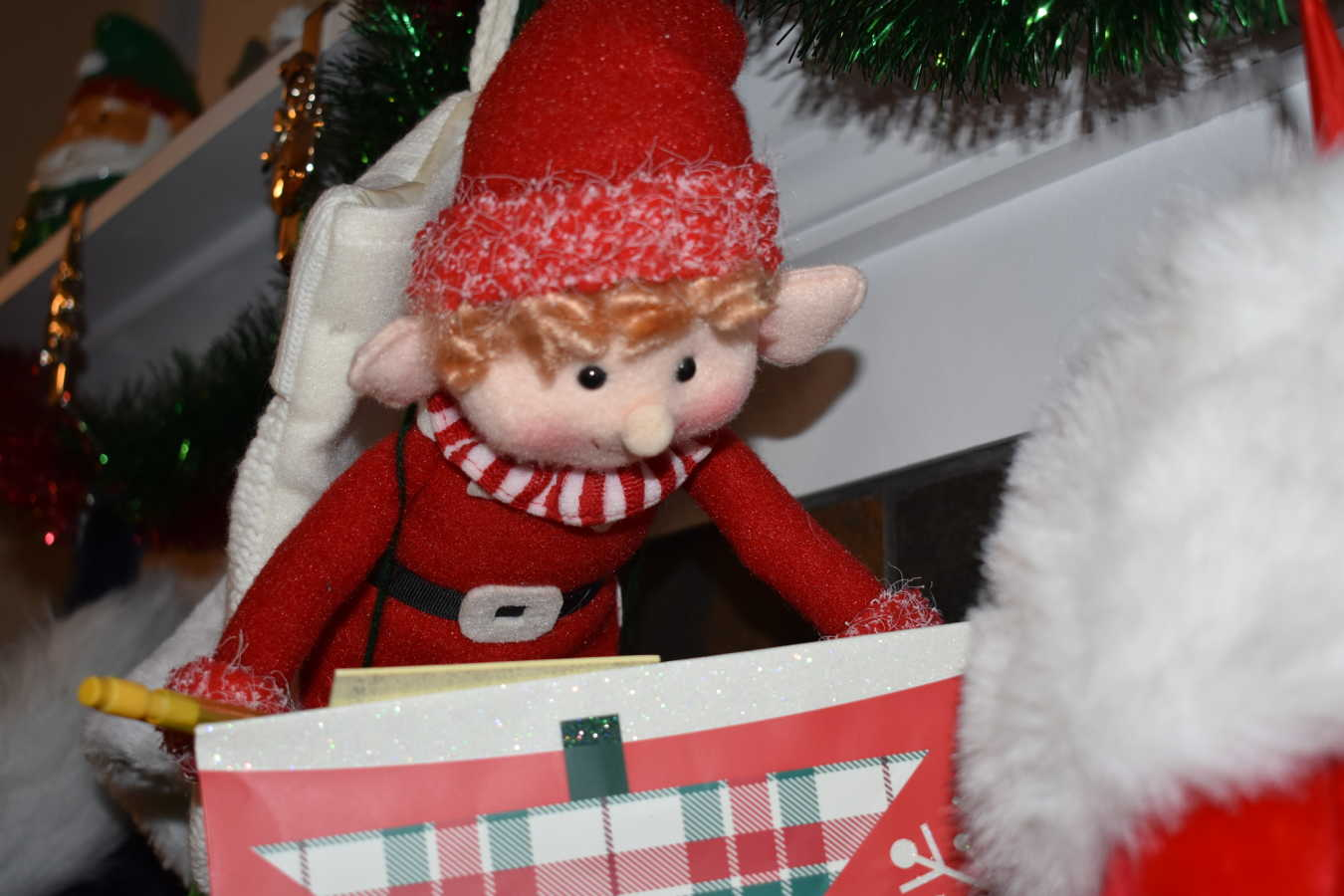 An Advent Custom Wreath – week 3 – George the Happy Elf